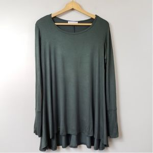 NWOT Blakely Olive Green Tunic Top